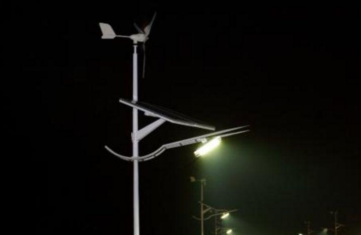 路灯不亮公厕脏!阳江漠阳湖公园配套设施亟待完善九台